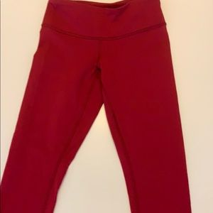 Lululemon red crop legging